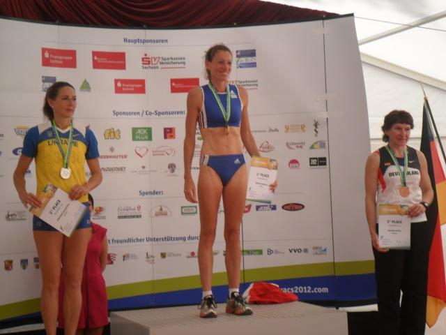 Крепкіна  Валентина (Київ) 2-е місце у стрибках з шестом