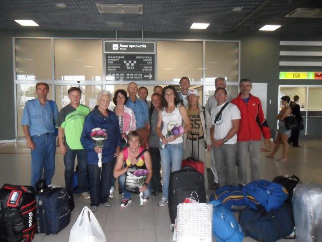 зустріч другої групи у Києві в аеропорту «Жуляни»