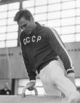 Yuri_Titov_on_pommel_horse_1966