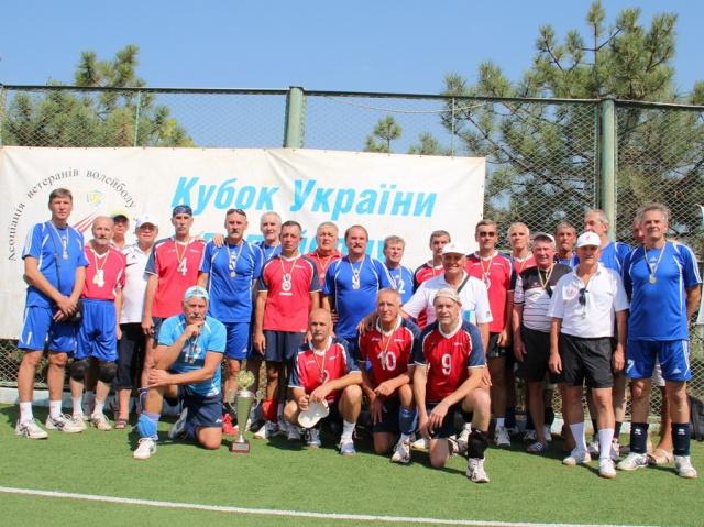 Переможці у номінації 55+ команди КПМА «Київ», «Ракета» (Дніпропетровськ) та Хмельницький