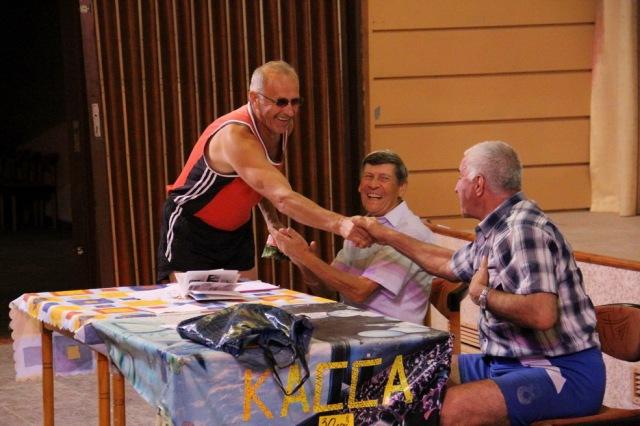 На вечері відпочинку. Валерій Кузенко з м. Ємельчино Житомирської обл.  поділився досвідом та станом волейболу у своєму регіоні.