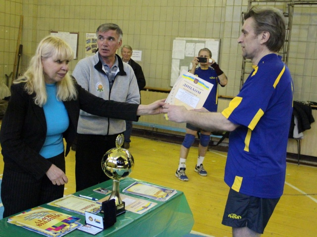 Диплом за третє  місце у змаганнях отримує капітан команди «Антал» - Олександр Житній