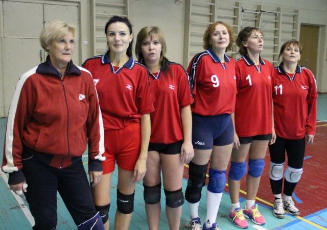 Момент змагання чоловічих команд (55+) Краматорська та Петропавлівки Дніпропетровської області