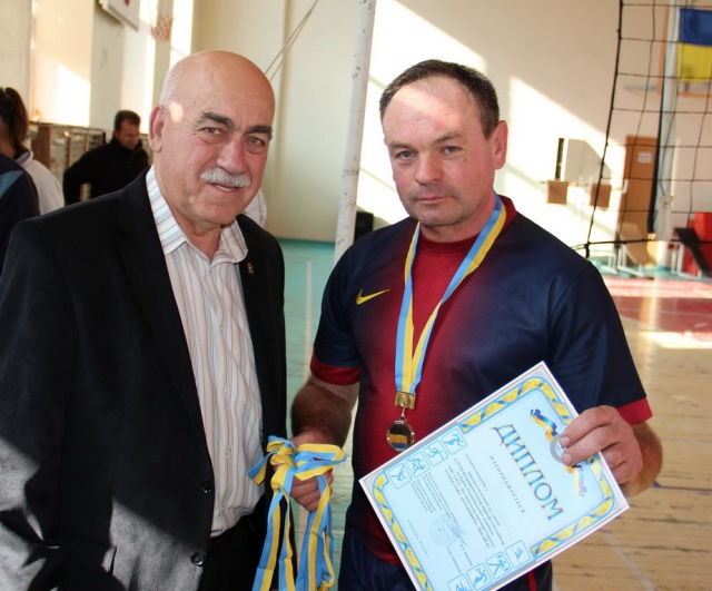 Срібні медалі і диплом для команди з Петропавлівки Дніпропетровської області (55+)