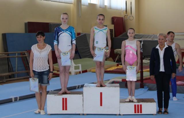 Любовь Росихина нагородила переможців турніру