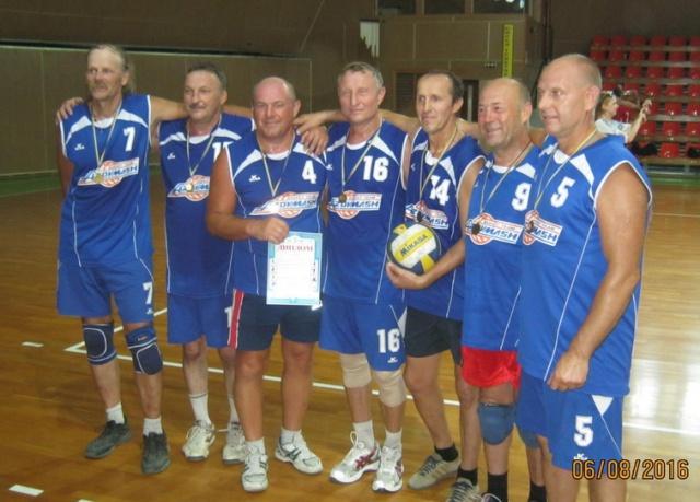 Серебряный призер турнира 55+ команда «Мариуполь-1»